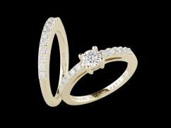 Solitaire et Alliance Harmonie - Or jaune 18 carats, diamant central 0,30 carat et pavage diamants 0,35 carat