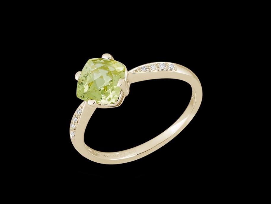 bague irr sistible or jaune 18 carats diamants et quartz lemon taille 48. Black Bedroom Furniture Sets. Home Design Ideas