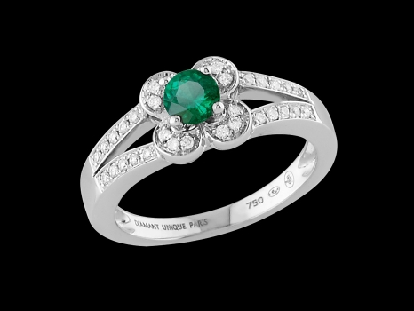 bague or 18 carats emeraude