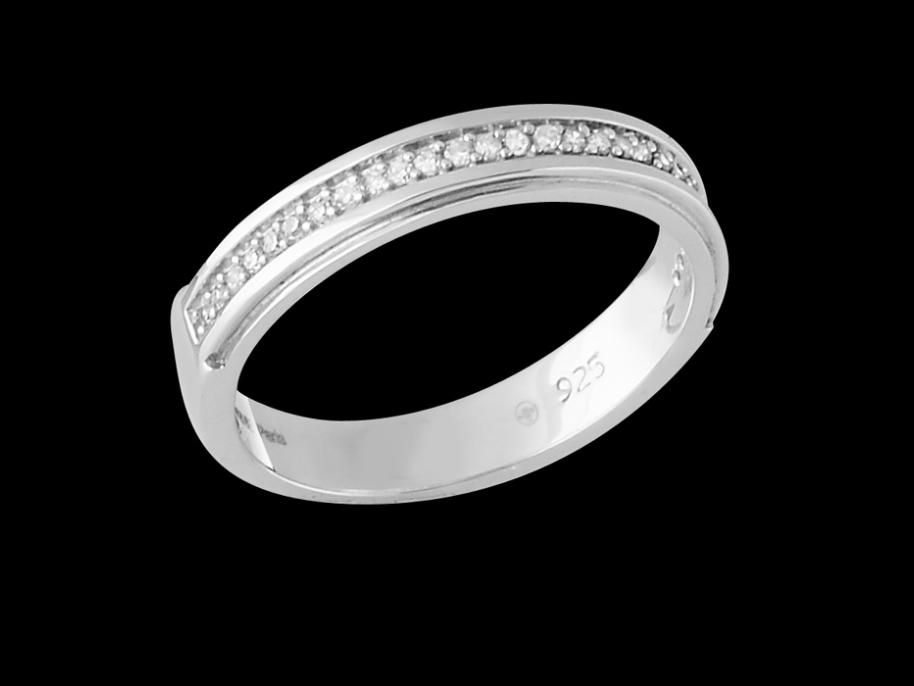 bague eternelle argent 925 et diamants carat taille 48. Black Bedroom Furniture Sets. Home Design Ideas