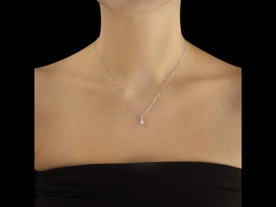 collier diamant porte